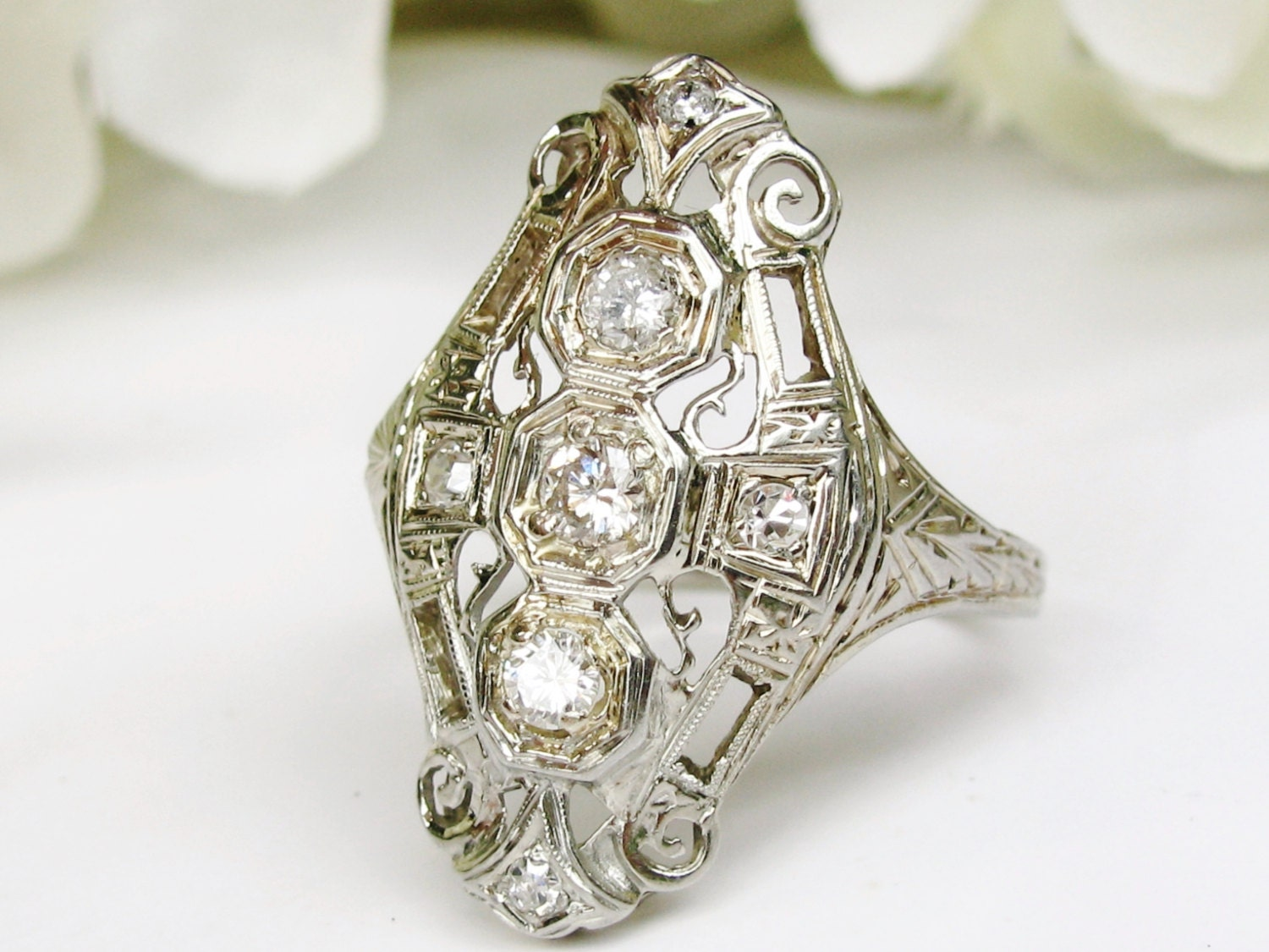 Antique Art Deco Engagement Ring 18K White Gold Filigree