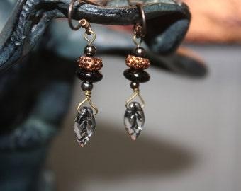 Halloween Black & Orange 1 Leaf Bead Earrings