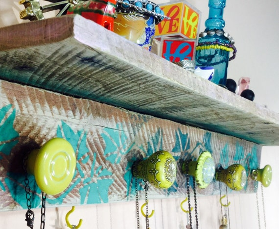 Floating Pallet wood accent shelf /reclaimed wood storage recycled wood shelving /jewelry holder shelves green stenciled ivy 5 knobs 4 hooks