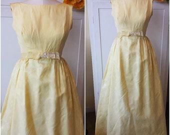 Vintage 1960s Maxi Dress / 60s Party Dress / Vintage Prom Dress / 1960s Bridesmaid