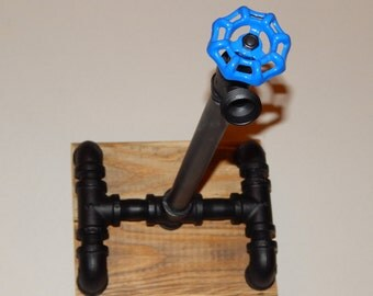 Paper Towel Holder- Industrial Pipe and Reclaimed Pallet Wood