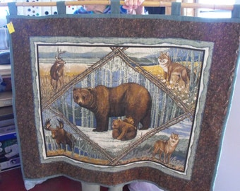 Beautiful hand quilted Bear wall hanging