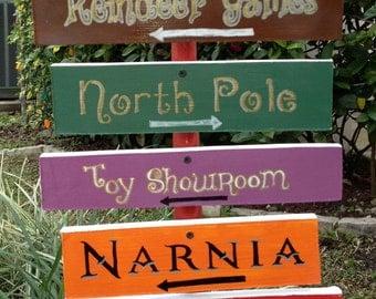 Christmas yard decoration - Directional Sign
