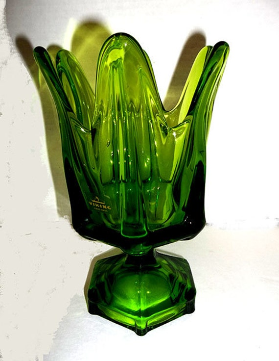 ON SALE WAS 24 00 Vintage Viking Glass Vase by WoWitchofWest