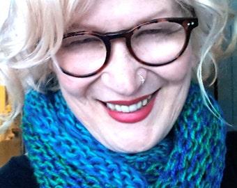 Cowl scarf 'Hug'. Unique, Soft, Snuggly, Chunky and blissfully warm.. Beautiful Australian yarns.