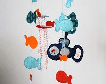Sea mobile - child mobile baby nursery decoration - submarine - fish - submarine