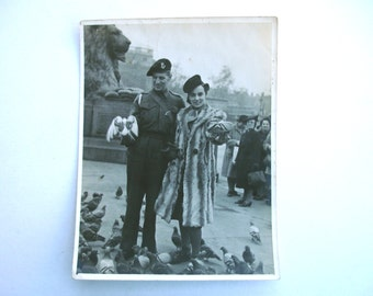 1940s Photo Vintage Photo Antique Photo of a Couple in Trafalgar Square Feeding the Pigeons during World War II WWII