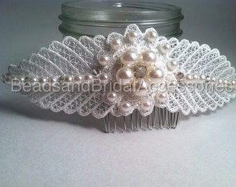 Lace comb/Com/Vintage chunky pearl lace comb Swarovski glass bead, Lace Bridal Comb with Swarovski glass beads and Pearls, Fascinator