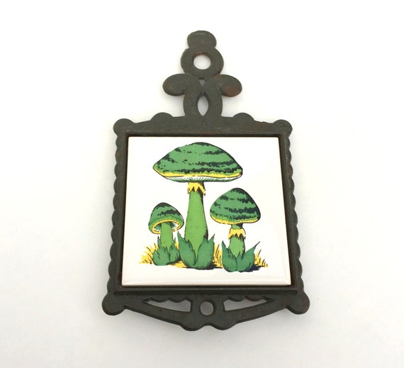 Vintage Cast Iron Mushroom Trivet by San Huan by fleacycled