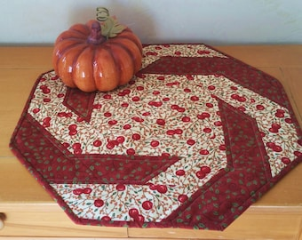 Spirals Quilted Table Topper