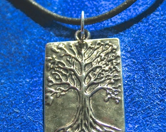 Tree of Life Pewter Charm 22 x 32 mm (2 charms)