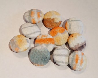 Fabrics Buttons, metal base 23mm, optique orange by Hotte Couture