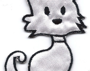 White Cat sitting Embroidered Iron On / Sew On Patch