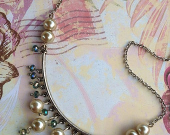 Ivory pearls and indigo crystal necklace