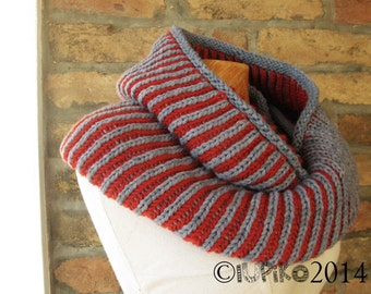 Chunky Knitted Infinity Scarf, Winter Scarf, Hand Knit Cowl, Wool Knit Scarf, Women's Scarf