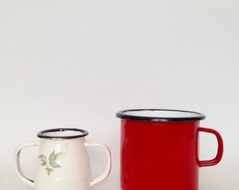 Enamelware Cups / Vintage Porcelain Enamel Ware Mugs / Metal Enamelware Mug and Cup / Mid Century Red Mug White Mug / 8 cm Enamelware Mug