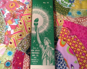 Two boxes of Lady Liberty NIB Sparklers NOS