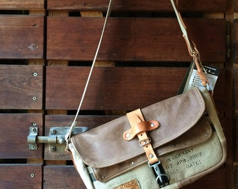 Leather Messenger Recycled Belgian Military Post Bag Crossbody // Handmade & Upcycled by peace4you, Germany // Model paul-2065 S