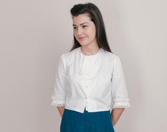 1960s Cropped Blouse - 60s Mod White Cotton Shirt with Lace Jabot Ruffle - M