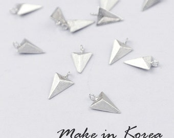 50% off - Made in Korea - 6pcs Matt Silver Plated Brass Triangle Charm / Pendant (KP3230-S) - High Quality