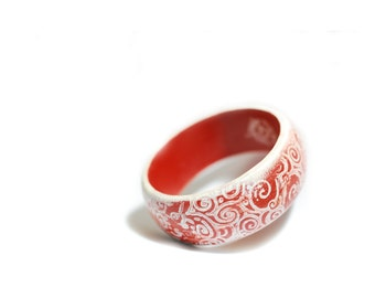 Painted wooden bangle for CHRISTMAS in red and white