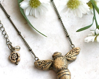 Bee Necklace, Bumble Bee Pendant, Honey Bee Jewelry, Hand Carved, Gold Insect Charm, Nature Inspired Jewelry, Honeybee Pendant, Insect Art