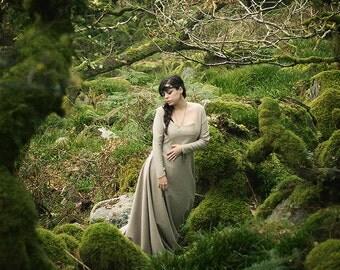 Celtic medieval dress princess ivory white linen and cotton rustic costume Elvish, Medieval, Pre- Raphaelite,handfasting Gothic, Faery