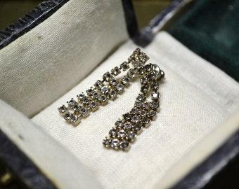 1960s Delicate Dangle Rhinestone Earrings