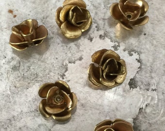 Little Rosebud with Hole (4 pc)