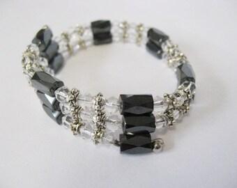 Vintage hematite bracelet. Magnetic, stackable.  Black.  Christmas.