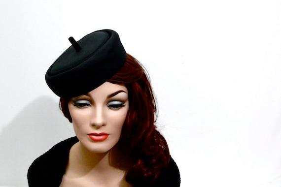 bonwit teller tilt hat 1940s womens vintage accessories