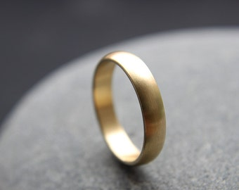 18ct Yellow Gold Wedding Ring, 4mm Wedding Band, D-shape Profile, Brushed Finish, Custom Size