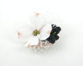 Fascinator Headpiece Hair Clip Pink and White Silk Flower Clematis & Blackberries with Veil, Spring Summer Cocktail Hat, Bridal Hen Night