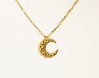 Vintage Crescent Moon Necklace - Moon Necklace