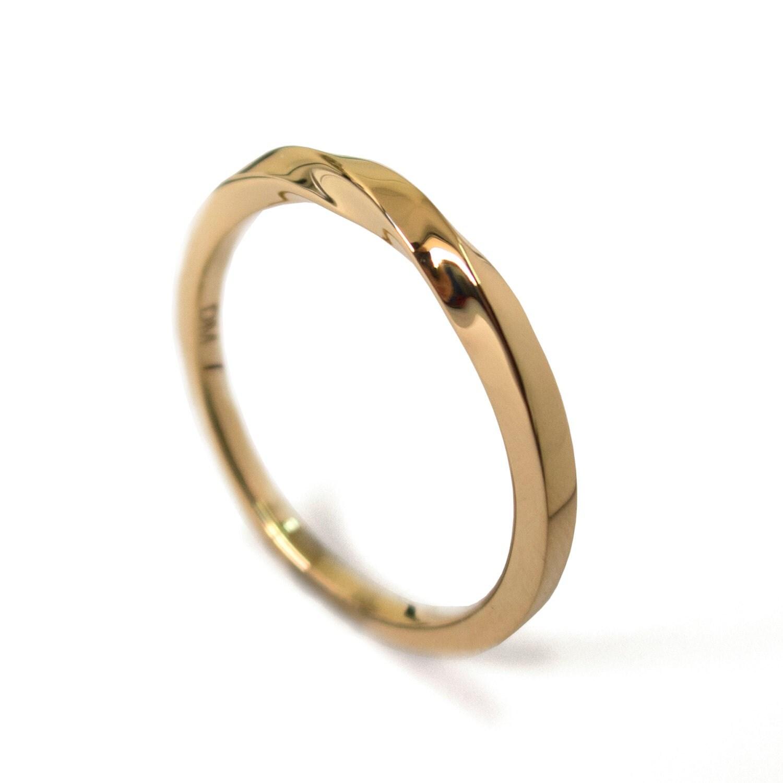 mobius ring 18k gold ring wedding ring by doronmeravweddings