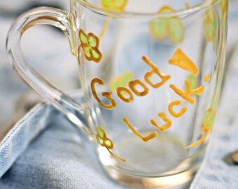 Stain glass cup 'Good luck!' with golden clover. Kitchen decor. Engagement gifts. Coffee mug. Home Inspiration/ St. Patric day. Irish cup