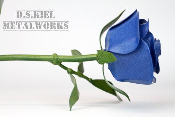 Metal long stem blue rose blue flower by dskielmetalworks for Blue long stem roses
