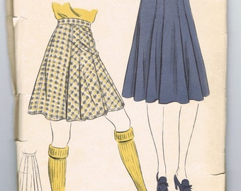 1940s Sewing Pattern, Knee Length Skirt, Bias Cut Skirt, Pleated Skirt, Full Skirt, Circle Skirt, Vogue 8739, Waist 28 Inches, 1940s Fashion