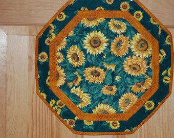 Sunflower Octagon Table Topper