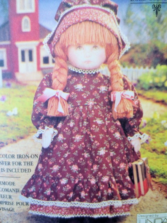 Vintage Vogue 8336 Sewing Pattern Doll Pattern Linda Carr