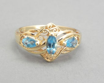 Blue Topaz Ring Set In 9K Gold .84ct Topaz Size 7.25 Blue Topaz 3 Stone Cluster Blue Gemstone Ring Engagement Ring Estate Ring Promise Ring