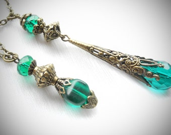 SALE 30%! Teal Necklace Victorian Pendant Necklace Emerald Green Necklace Layered Tear Drop Boho Filigree