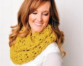 Chunky Loop Infinity Scarf | The Camellia | Citron