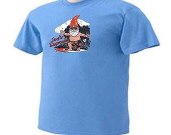 Surfin Tsugnomie Surfer Gnome Beach Ocean Gnomes T-Shirt