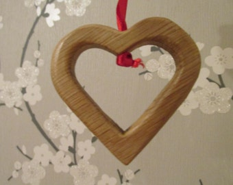 Hanging hollow heart