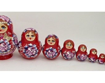 10 pcs. Russian Nesting Doll #3404 RED