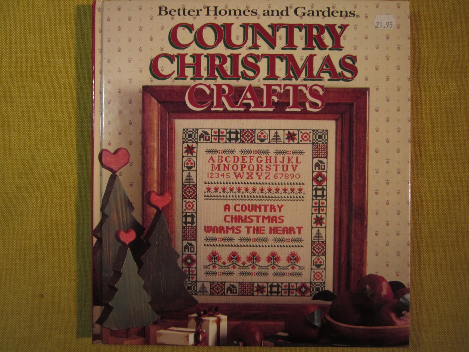 7 Popular Siding Materials To Consider: Better Homes And Gardens Country Christmas Crafts 1989 Cross