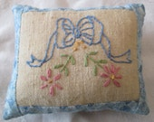 Hand Embroidered Decorative Mini Pillow - Vintage Bow with Flowers Design