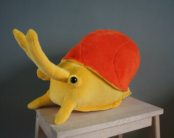 Albert Apple Snail, snail plushie, made to order, different colors and sizes possible