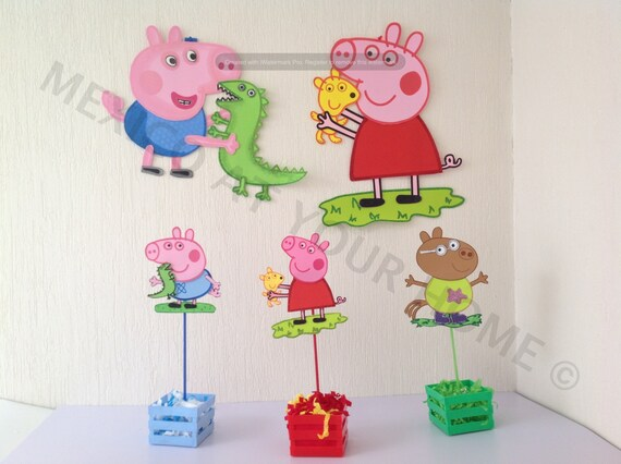 Peppa Pig- Party Combo - 1 Wall Decor , 12 Favor Bags and 12 ...